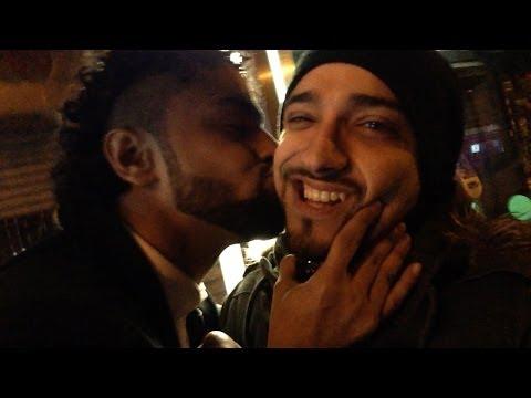 MEN KISSING!