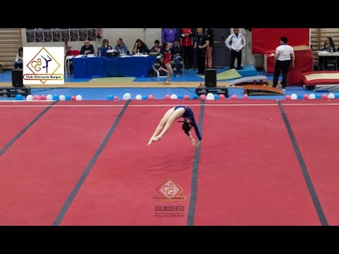 G. Artística Femenina 2018. Entrenamiento acrobacias en suelo. Club Gimnasia Burgos