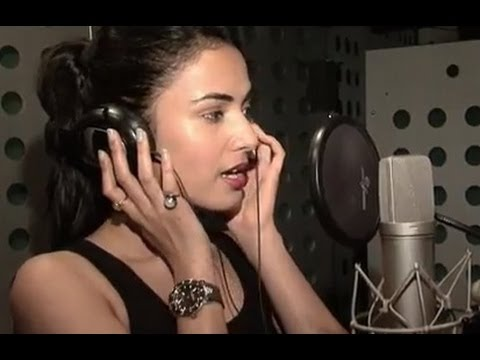 Making Of Kaise Bataaoon  Song  3G  Sonal Chauhan