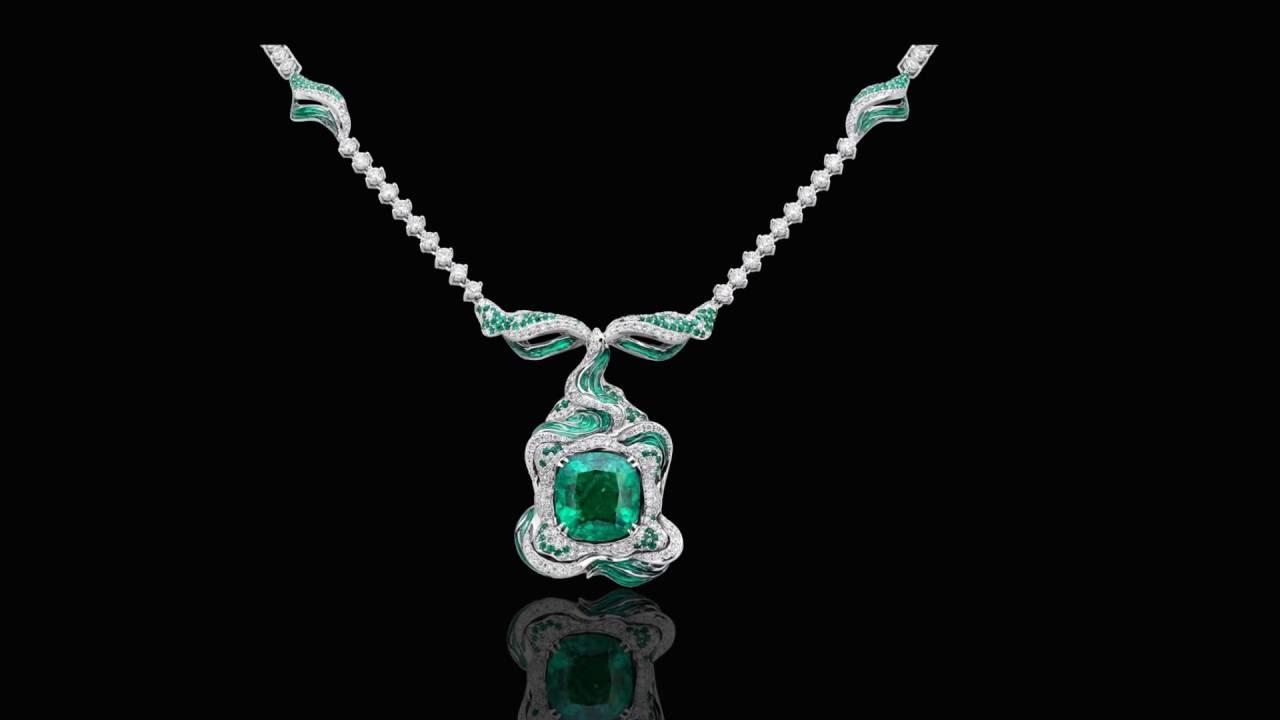 Золотое колье с драгоценными камнями Bvlgari 505282 - YouTube