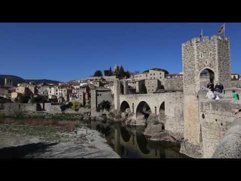 Travel Guide Medieval Town & Bridge of Besalu Pyrenees, Spain