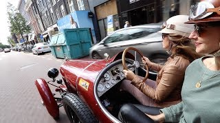 Driving the Amilcar in the city centre of Amsterdam!
