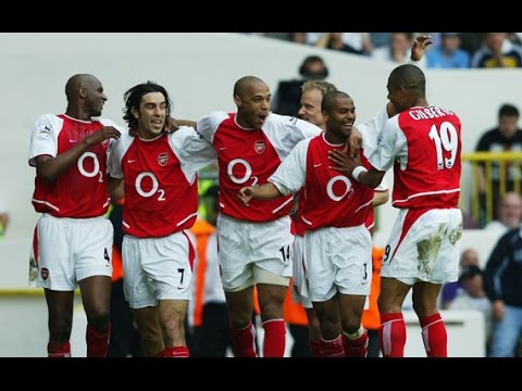 The Invincibles - Arsenal FC 2004 Tactical Analysis - How Did Arsenal Play