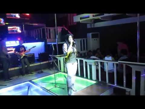 CLUBV CONCERT - CHRISTINA (SINGING ONE AND ONLY BY ADELE)