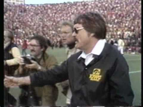 Mark Manuel - RIP Hayden Fry - Passed Away At The Age Of 90