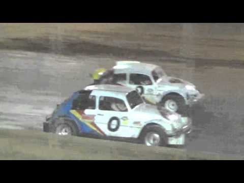Ark La Tex speedway v6 mini stock VW Bug A feature 9/26/15