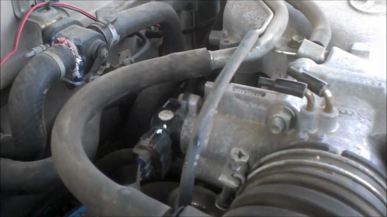 Throttle Position Sensor replacement in a Toyota Taa TPS install vid  YouTube