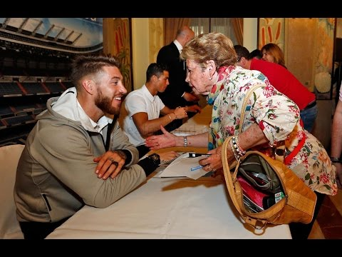 Cristiano Ronaldo and Sergio Ramos meet Real Madrid fans in Las Palmas