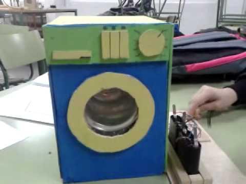 Maqueta lavadora realizada por alumnos de 3 eso youtube for Como hacer una cocina de carton