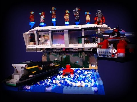Lego custom giant iron man 3 malibu mansion w armory moc for Maison d iron man
