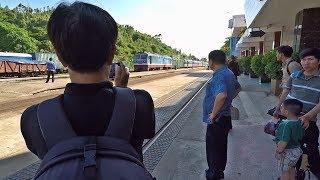 Đi xe lửa từ miền Trung vào Sài Gòn