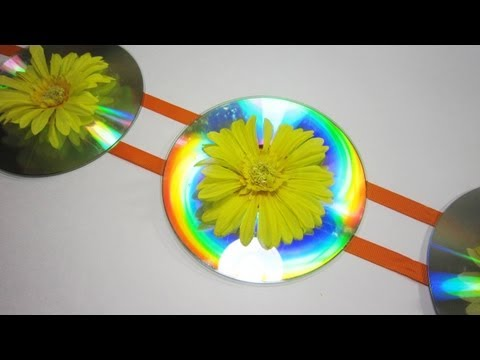How to make room decorations with recycled cds ep for Recycled room decoration crafts
