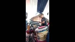 Pemain Kendang dan Player Unik ( Selingkuh Via Vallen Koplo - Diaz & Ujang Tabla Dewata Band Garut )