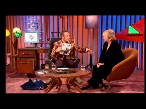 So Graham Norton 2000S3xE7 Sharon Gless, Spider & Toyahpart 1