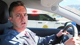 Tesla Model 3 VS Police 🚔