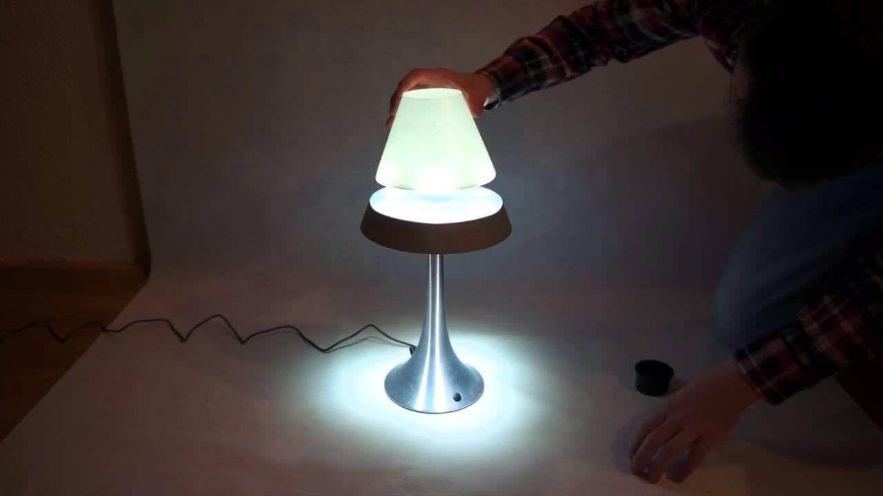 Svevende lampe futuristisk led lampe som svever ved hjelp av svevende lampe futuristisk led lampe som svever ved hjelp av magnetisme parisarafo Gallery