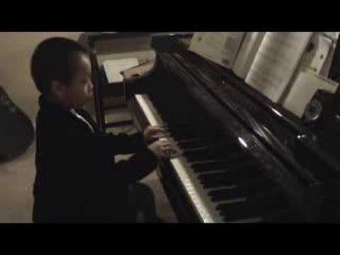Brandon Playing Piano 2007 - Row Your Boat