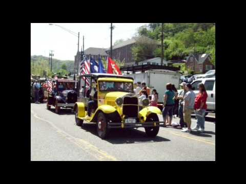 Hillbilly (East Kentucky mountain folk performed by Erick Hall)