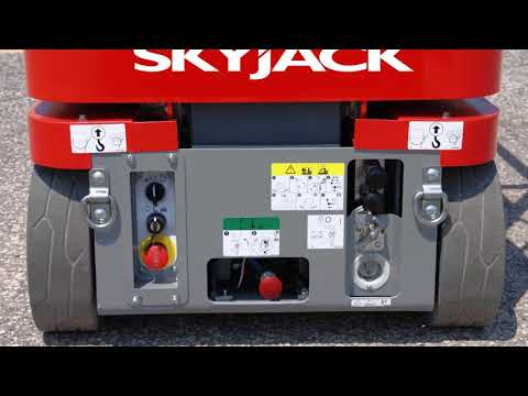 Skyjack Vertical Mast Lift