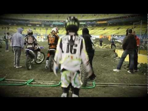 Rookie, Cole Thompson, Almost Wins at the 2011 Montreal Supercross!