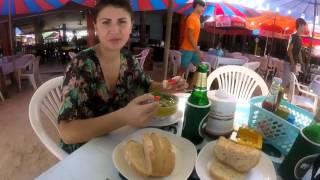 Начало отпуска в Таиланде.  Phuket. Patong beach. Том ям.  Banzaan. Часть 1.(Новое видео: