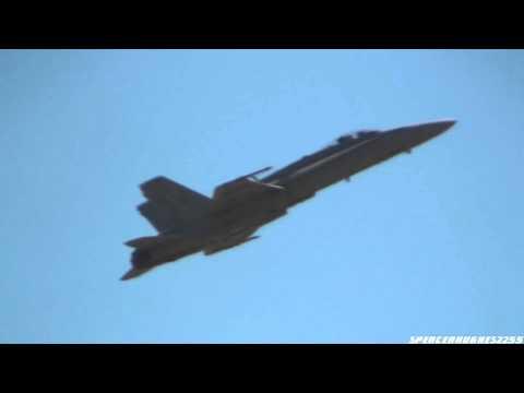2010 California Capital Air Show - F/A-18C Hornet Demo