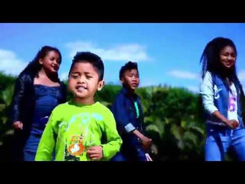 """Tsy Vita Mora""  Pazzapa Kids  Nouveauté Clip Gasy 2016"