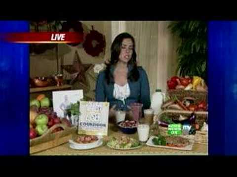 Chef Introduces 'The Biggest Loser Cookbook'