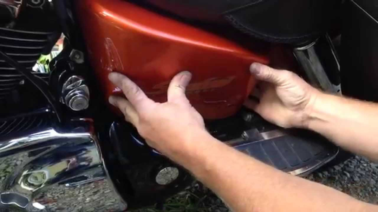 maxresdefault changing the battery in a 2002 honda shadow sabre youtube honda shadow fuse box location at crackthecode.co