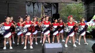 UNIQUE HEARTS CHEERLEADER Pee Wees - Stadtfest Buchholz - 18.09.2011 thumbnail