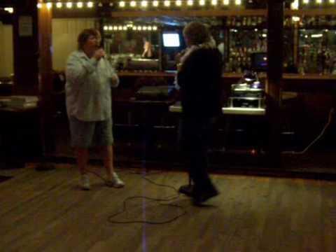 Karaoke - Gender Swap - DoesHeLoveYou