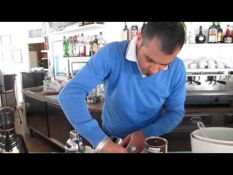 COLD BREWED COFFEE SHAKERATOиз YouTube · Длительность: 7 мин37 с