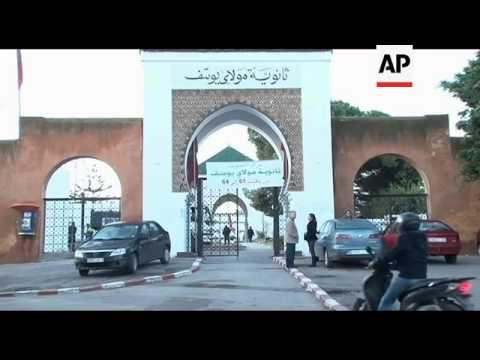 Polls open in Moroccan  parliamentary elections; PJD leader votes