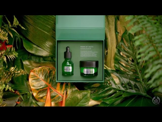 Introducing our Drops of Youth Gift Set - The Body Shop - #JungleBells