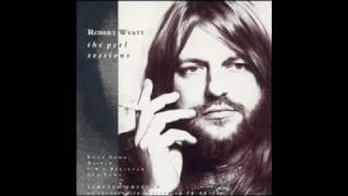 Watch Robert Wyatt Strange Fruit video