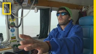 Fishing Tips: How to Mark an Overboard Waypoint | Wicked Tuna: Outer Banks