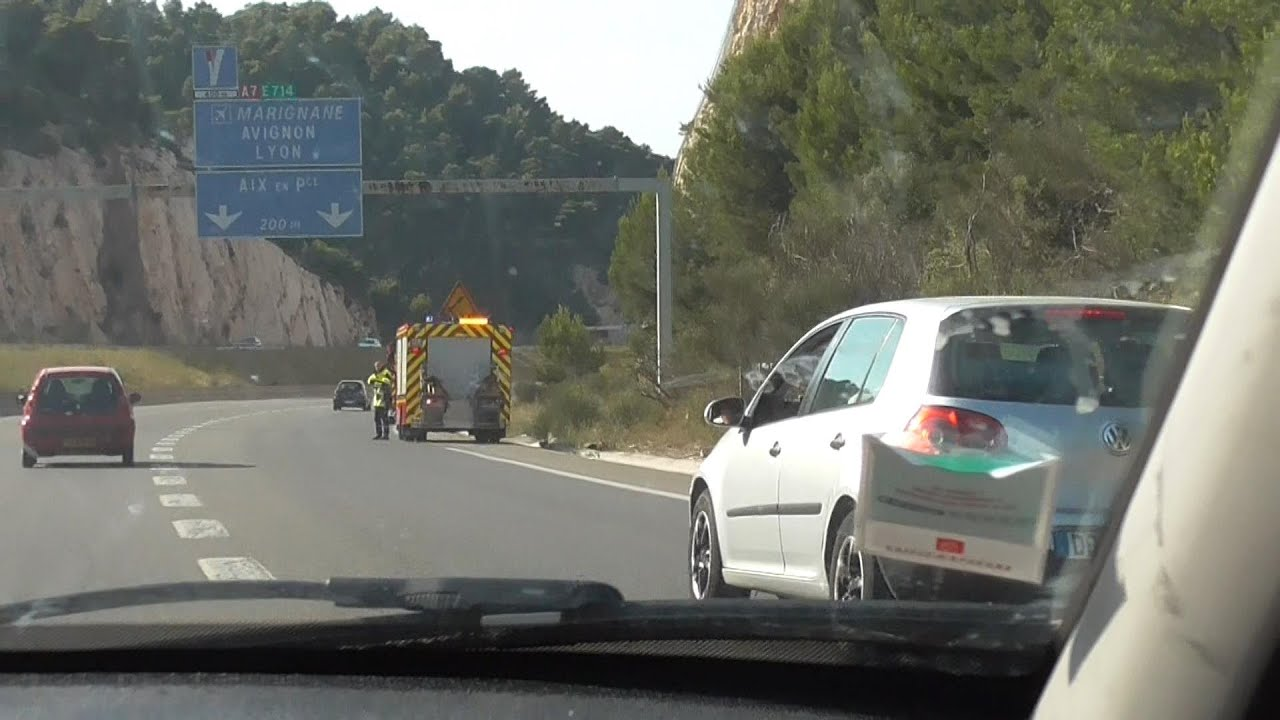 Accident Autoroute A7 Les Pennes Mirabeau Youtube