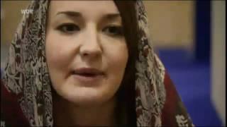 100.000 britische Frauen konvertieren allein im Jahr 2010 zum Islam!