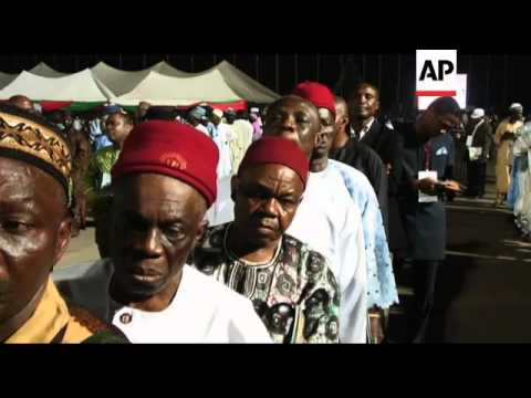 Delegates of Nigeria's ruling PDP vote to pick party's presidential candidate