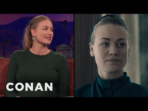 "Yvonne Strahovski & ""The Handmaid's Tale"" Cast Sing Taylor Swift On Set  - CONAN on TBS"
