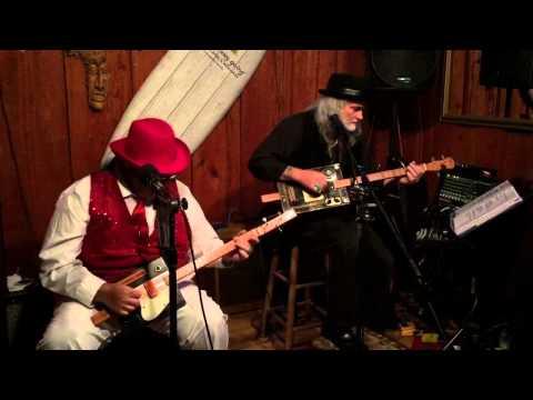 Digger T & Chicago Bob Roadhouse Blues~Doors