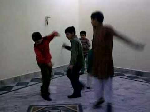 Dance on Twist by niazi  childs.mp4