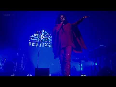 Goldfrapp  Strict Machine 6 Music Festival 2017
