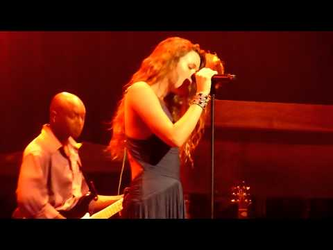 Joss Stone - Tell Me What We're Gonna Do Now - Live @ Paradiso 2011 Amsterdam [HD]