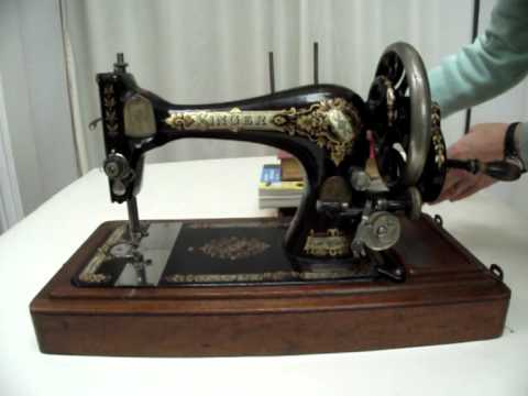How To Clean And Oil A Vintage Sewing Machine Part 40 YouTube Delectable How To Use A Old Sewing Machine