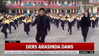 Ders Arasında Dans Eden Öğrenciler