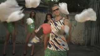 RiFF RAFF - How To Be The Man (Official Music Video)