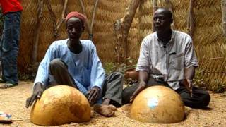 Local Cameroonian Music with Calabash Instruments (short sample)