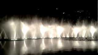 Dubai fountain, Bollywood show (Dhoom Taana)