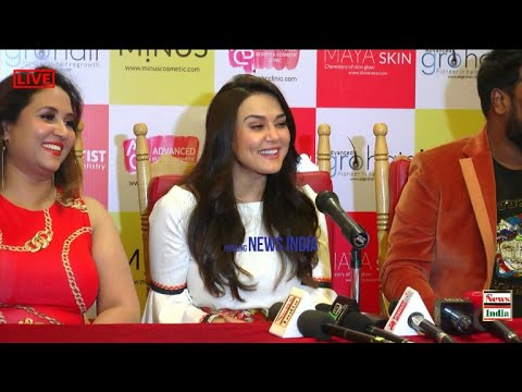 Priety Zinta Lunches ABC Clinic at Jaya Nagar Bangalore